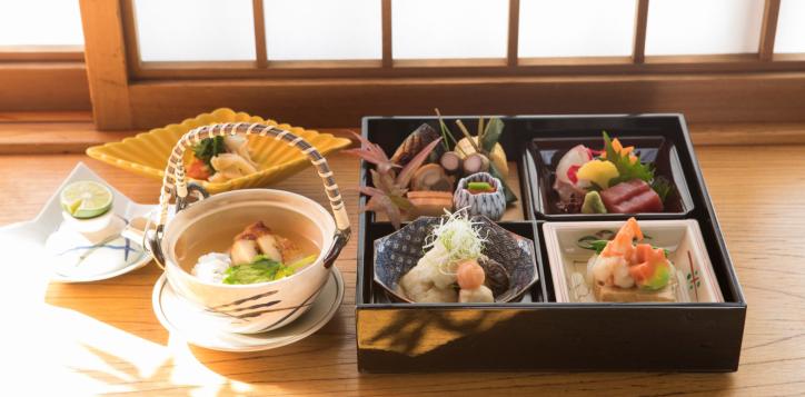 hana-goyomi-autumn-bento-box-2