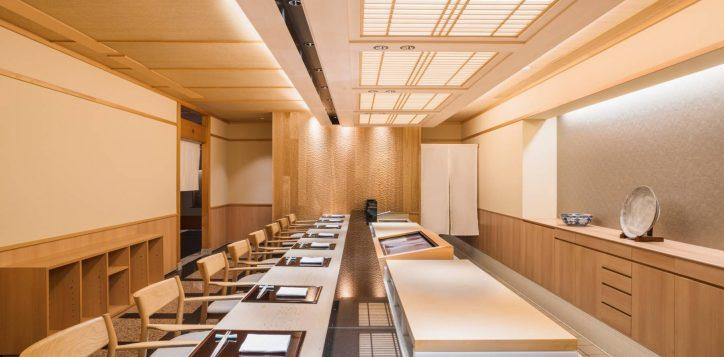 swissotel-nankai-osaka_10f_hana-goyomi_sushi-bar-dining-area-2